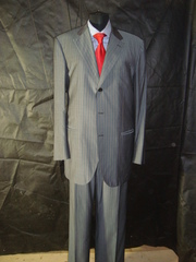 Одежда чиновника известных брендов